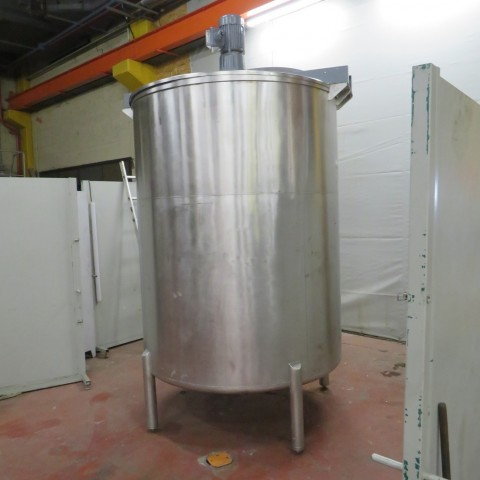 R6MA6126  Cuve mélangeuse inox 4000 litres