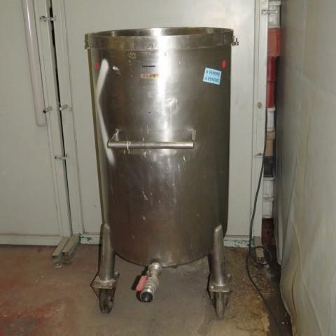 R11DB22644  Cuve en inox 250 litres