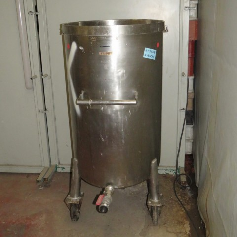 R11DB22644  Stainless steel tank 250 litres