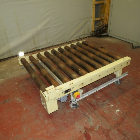 R4FC849 Roller powered conveyor length 1500 mm and width 1090 mm