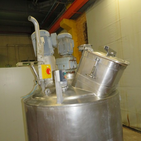 R6MA6132  Stainless steel GOAVEC mixing tank 450 litres
