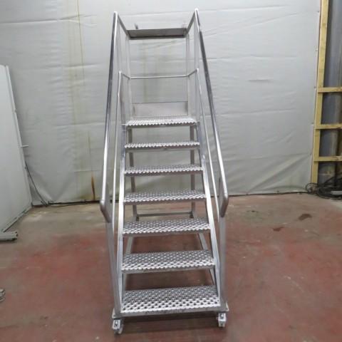 R15A1029  Stainless steel footbridge staircase