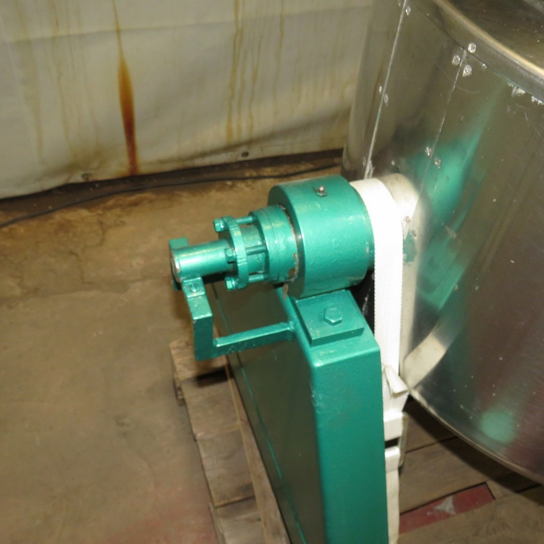 R11DB22647  Stainless steel BIONAZ melter 150 litres double jacket