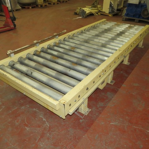R4FC851  Roller powered conveyor length 3300 mm and width 1090 mm