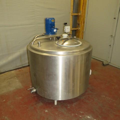 R6MA6135  Cuve mélangeuse inox 650 litres