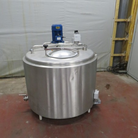 R6MA6135 Stainless steel mixing tank 650 litres