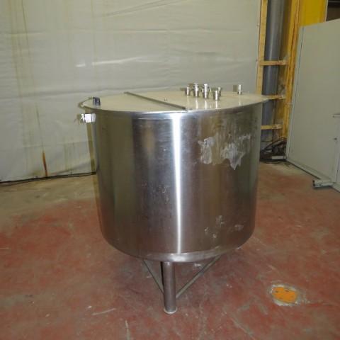 R11DB22657  Cuve inox 950 litres