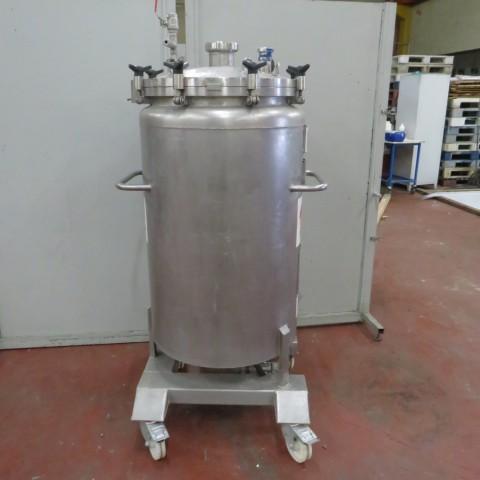 R11DB22659  Cuve inox mobile CREUSET capacité 300 litres
