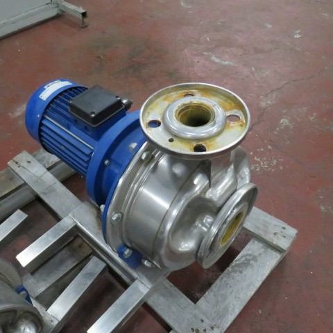 R10VA1270  Stainless steel LOWARA centrifugal pump - Hp 4 - Rpm 1500