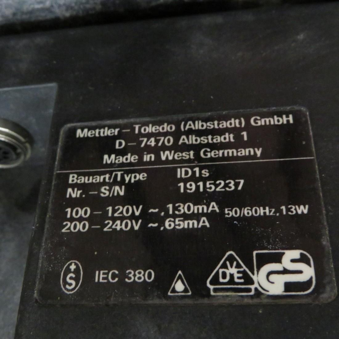 R14T919 METTLER -TOLEDO  weighing pallet scale ID1s type - 550 kilos
