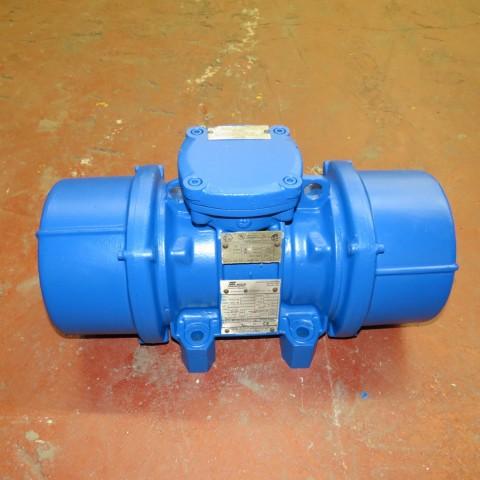 R6VA726  Vibreur MARTIN ENGINEERING type CDX12 - 2300