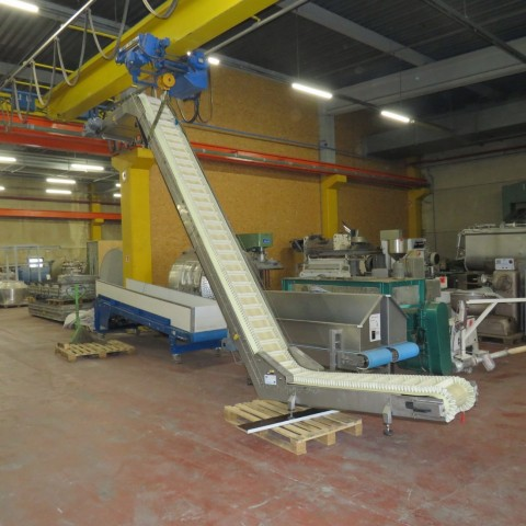 R4FB1167 Stainless steel belt conveyor - Width 300 mm - Lenght 4500 mm