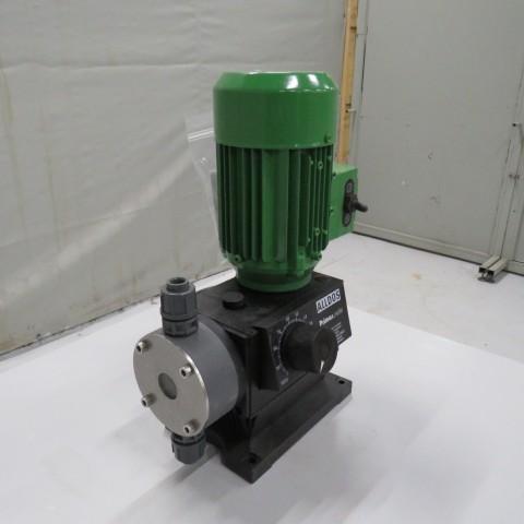 R10N761 GRUNDFOS dosing pump 221-27 type