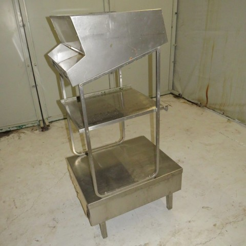 R14C812 Stainless steel console