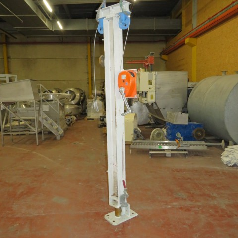 R4D57 MEILI and CO manual winch 220 - 0.3/200047 type