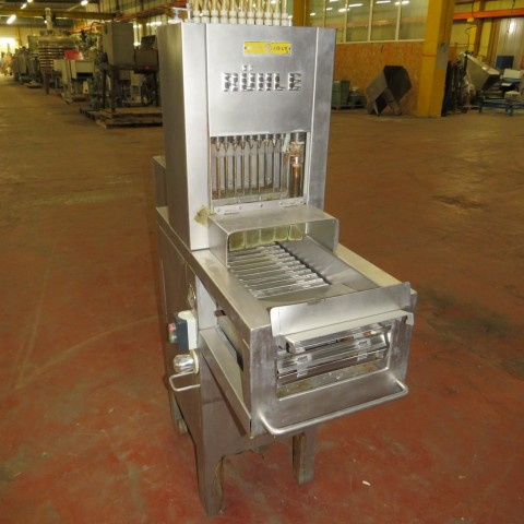 R15A1043  Injecteuse RUHLE - HELY-JOLY type PR20