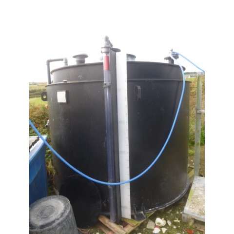R11DC1004 PEHD CADIOU tank capacity 5000 litres