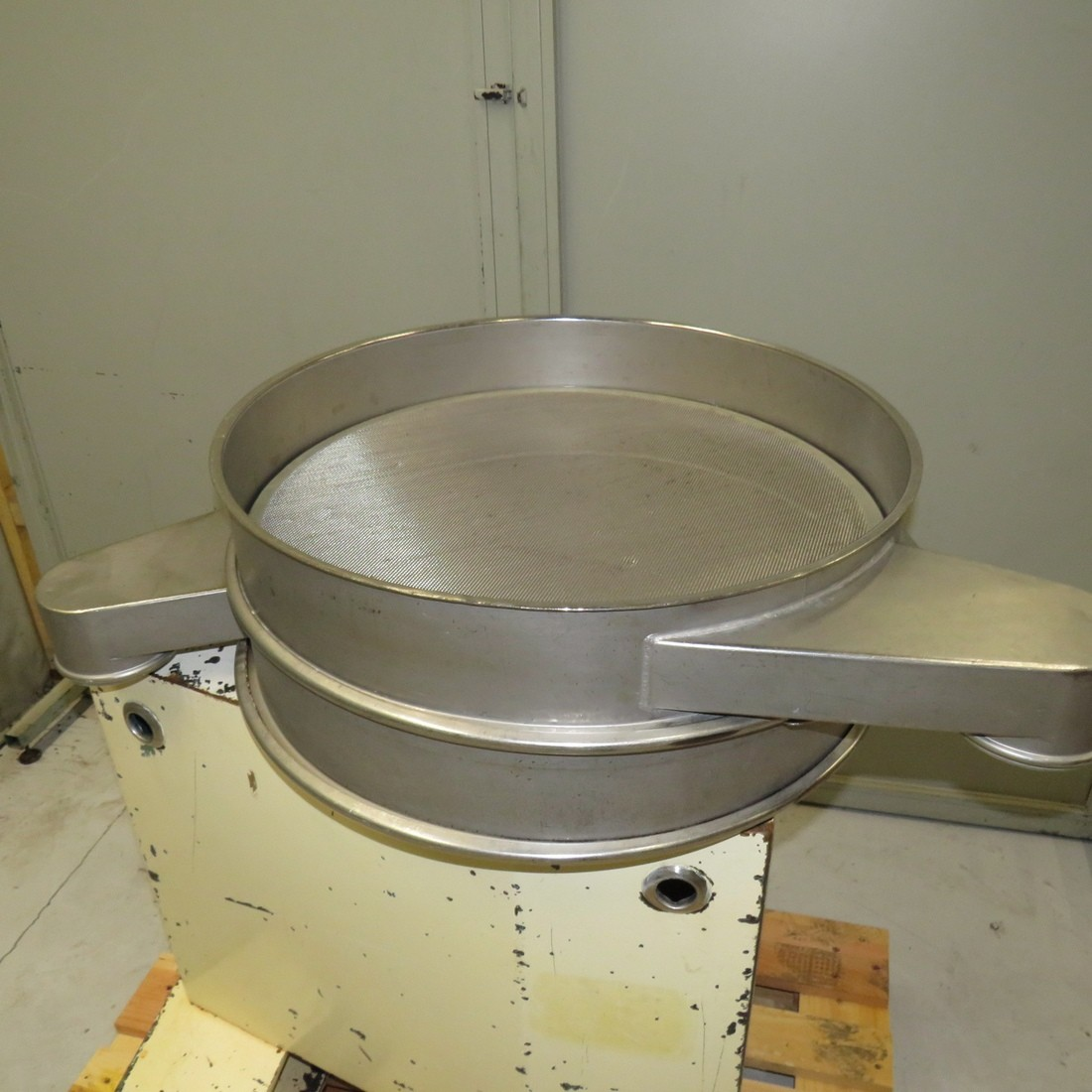 R6SA1133 Circular Sieve CHAUVIN stainless steel Ø 640 mm 1 deck