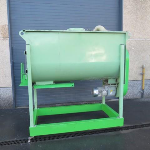 R6MK1409 Mélangeur à rubans acier TOY 2200 litres 5.5 kw