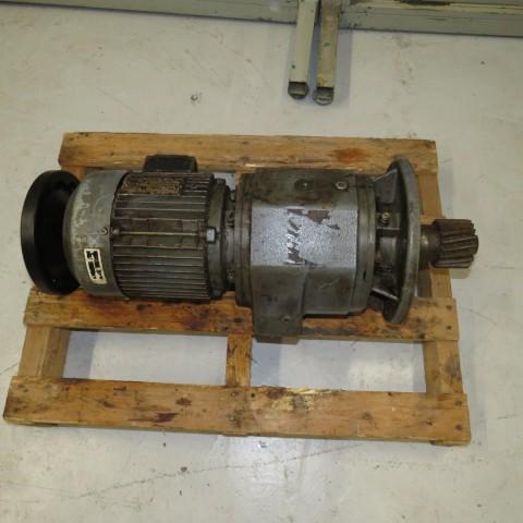 R12MB747 Motoréducteur SEW type RF72 - 2.2 kw/3 cv