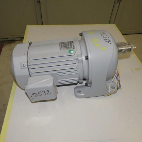R12MA2776 Motoréducteur GTR Type G3L32N100-0.75 kw/ 1  cv -143t/min