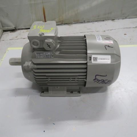 Moteur SIEMENS 2.2 KW - 3000 t /min 400 v