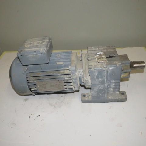 R12MA2785 Motoréducteur SEW type: DFT80 0.75 kw -180 t/min