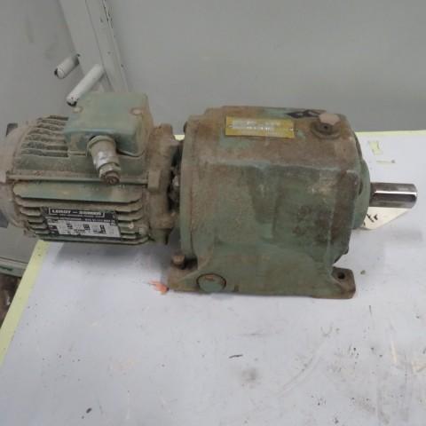 R12MA2787 Motoréducteur LEROY SOMER type CBB3SB3  0.37 kw -45 t/min
