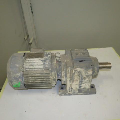 R12MB749 Motoréducteur SEW type R57DT90- 2.2 kw 196 t/min